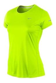 Camiseta Feminina Nike Miler - Cor Verde Limão
