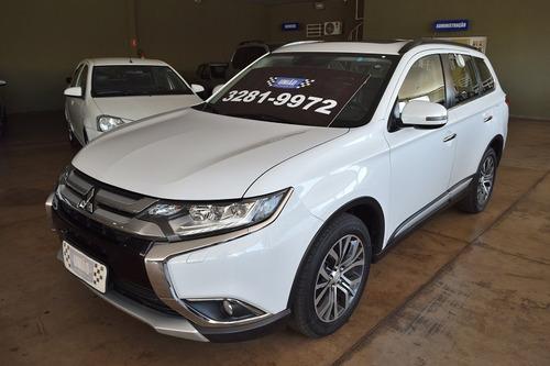Mitsubishi Outlander 2.2 4x4 Diesel Automático 2016