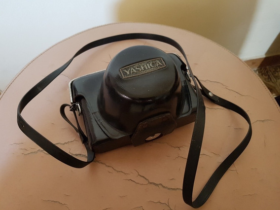 Câmera Fotográfica Yashica (relíquia)