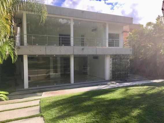 Casa En Country Club 20-9633 Yanet 0414-0195648
