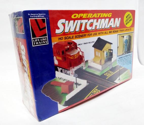 Operating Switchman Paso Nivel Con Figura -life-like H0