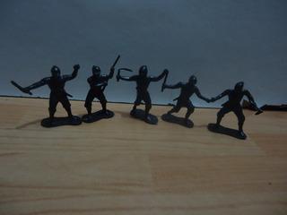 5 Figuras Miniaturas Ninja Negro