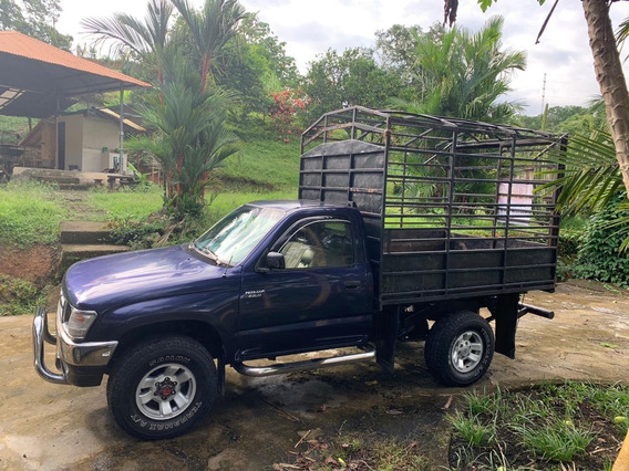 Toyota Hilux 4x4 Diesel 2000