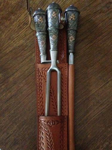 Imagen 1 de 3 de Cuchillo, Tenedor Y Chaira Plata Y Oro