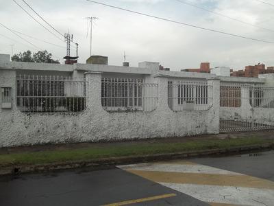 Casa De Excelente Inversión Con Gran Ubicacion