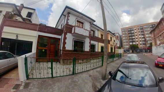 Casa En Arriendo Teusaquillo(bogota) Ic Mls 19-546