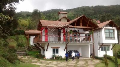 Coalición Vende Villa En Jarabacoa Con Jacuzzi-