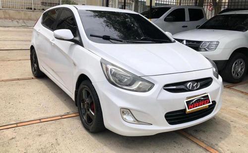 Hyundai Accent 2012 1.4l 5 P