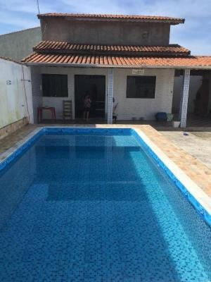 Casa Para Financiar Com Piscina - 700mts Mar