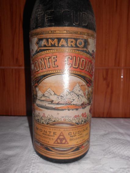 Muy Antigua Botella Llena Amaro Monte Cudine