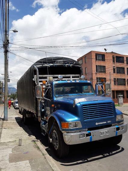 Camión De Estacas