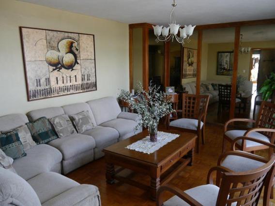 Apartamento En Venta Centro Barquisimeto 20-21383 Mf