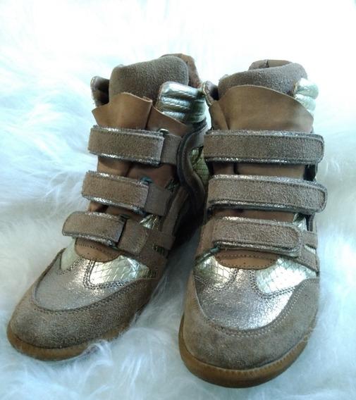 Sneaker Tng Dourado