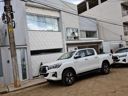 Imagem 1 de 1 de Toyota Hilux Srx