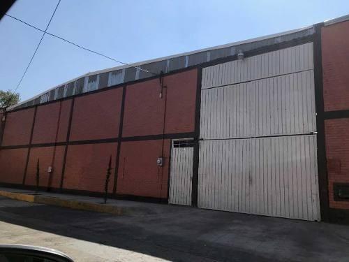 Bodega Industrial Y/ O Comercial
