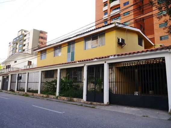 Casa Quinta En Alquiler En Este De Barquisimeto #19-19581