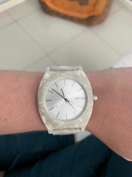 Relógio Nixon Madrepérola