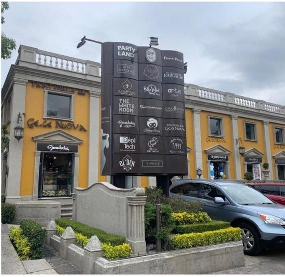 Locales En Renta En Plaza Versalles, Av. De La Paz, San Ange