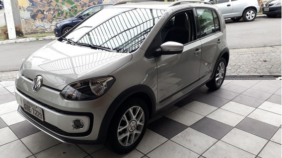 Vw Up Cross 1.0 Flex 15.000 Km Prata 2017