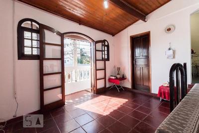 Casa Mobiliada Com 2 Dormitórios E 4 Garagens - Id: 892931434 - 231434