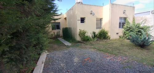 Imagen 1 de 28 de Casa Venta 2 Dormitorios 1 Baño 1 Patio 315 Mts 2 Totales  - Villa Parque Sicardi