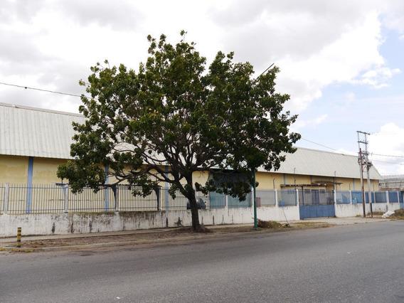Amplio Galpón En Venta En Barquisimeto #20-4108