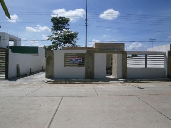 Excelente, Moderna Y Cómoda Casa En Higuerote