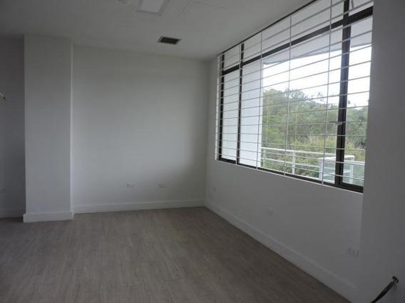 Oficina En Alquiler En Lomas De La Lagunita - Gb 19-14076