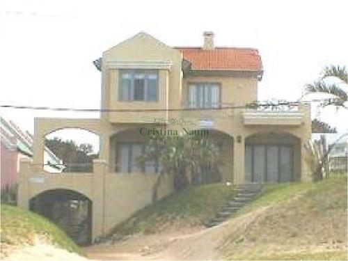 Casa En Primera Línea En Manantiales- Ref: 35785