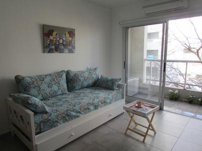 Departamento De Alquiler Temporario, 1 Dormitorio, La Plata