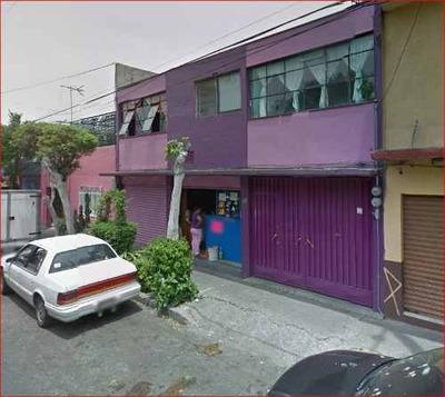 Casa En Calle Felipe Angeles, Providencia, Azcapozalco