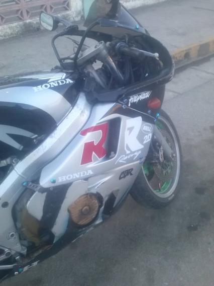 Moto Cbr400