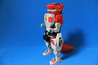 Lote Dos Figuras Tipo Transformers De Power Rangers Bandai
