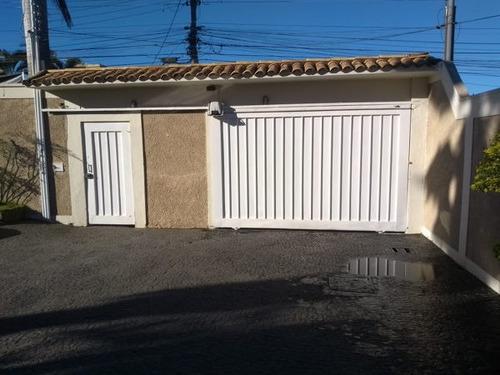 Imagem 1 de 16 de Casa Sobrado Padrão Com 4 Quartos - 205-v