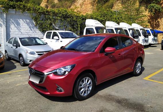 Mazda 2 Sedan Touring Aut