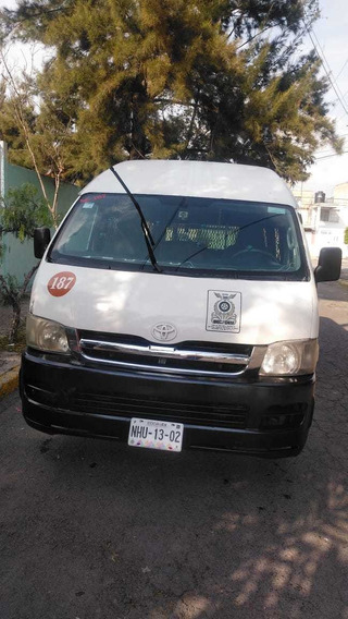 Toyota Hiace 2006 Super Larga Panel Con Ventanas