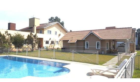 Divina Casa En Boca Raton En Venta 3 Dorms Y Pileta