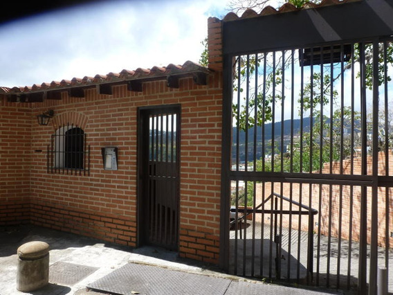! Townhouse En Venta Geraldine Peñuela Mls #20-1328