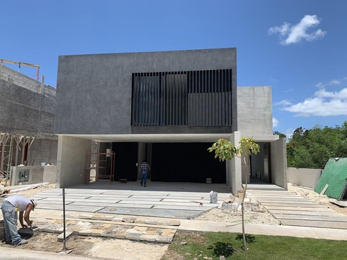 Venta Casa En Club De Golf - Yucatán Country Club