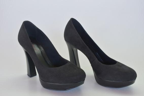 Sapato Bebecê Camurça Preto