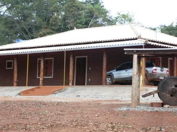 Sítio Com 3 Quartos Para Comprar No Zona Rural Em Piracema/mg - Ec13576