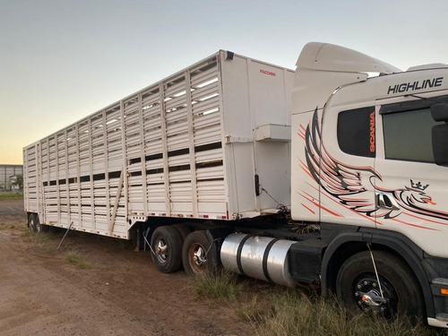 Imagem 1 de 4 de Scania G400 2003 Com Carreta Boiadeira Facchini 2014