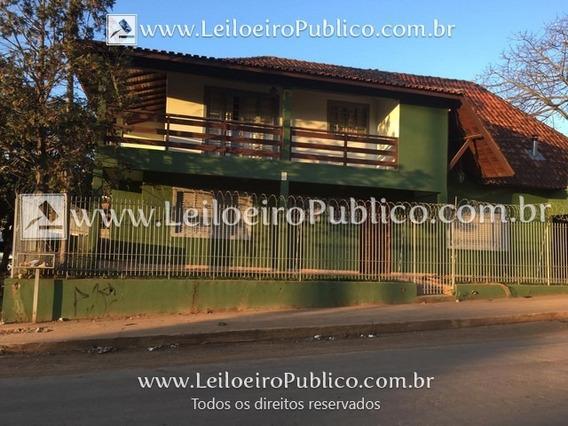 Siqueira Campos (pr): Casa Havxq