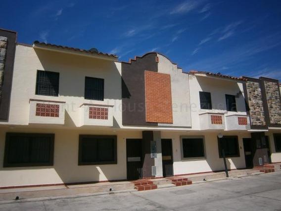 Townhouse En Venta El Saman Valencia Cod20-8096gz