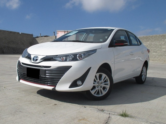 Toyota Yaris S Ta 2019 Blanco
