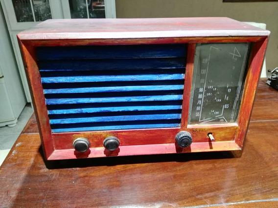 Radio Valvular Antigua A Reparar.