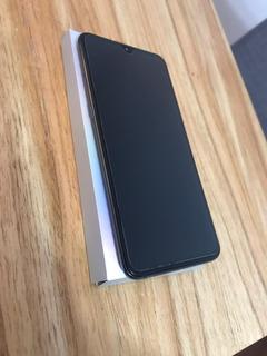 Xiaomi Mi 9 // 128 Gb + 6 Gb Ram // Snapdragon 855