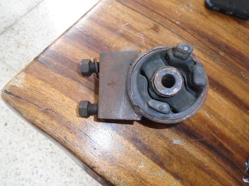 Imagen 1 de 3 de Vendo Base De Transmisión De Mazda 626, Año 1993