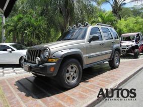 Jeep Cherokee Liberty 3.7 4x4 Mt