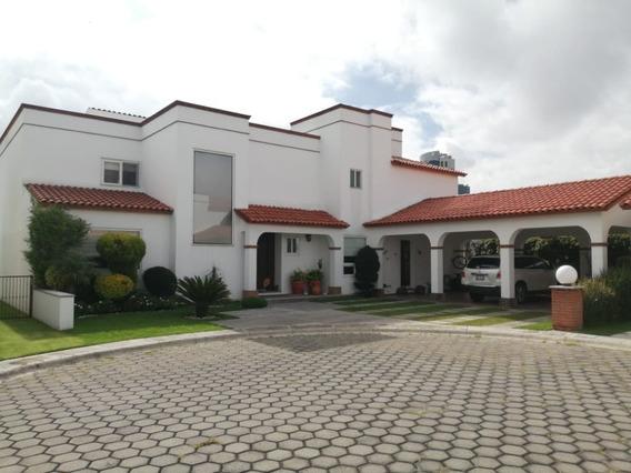 Venta De Casa En El Fraccionamiento Santa Cruz Buena Vista.